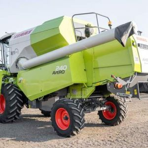 Claas Avero 240 DEMO